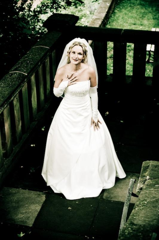 Braut Mode Extravagante Brautkleider von sieben