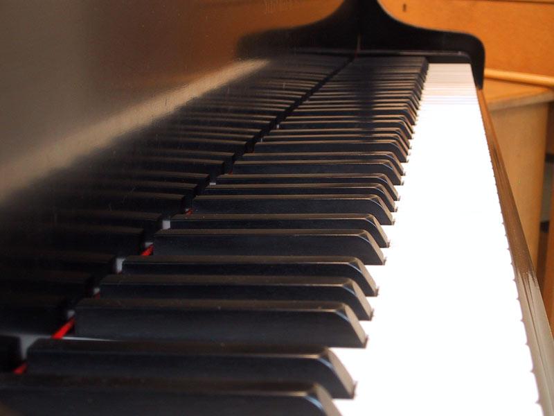 klavier klavier tasten bild 16 von 18. Black Bedroom Furniture Sets. Home Design Ideas